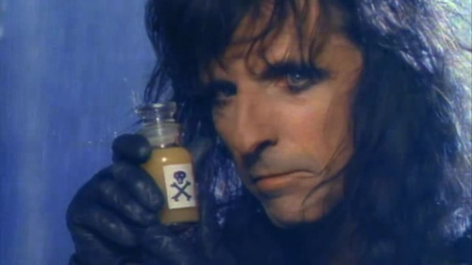 http://media.chstest.com/Alice_Cooper_%e2%80%93_Poison.jpg